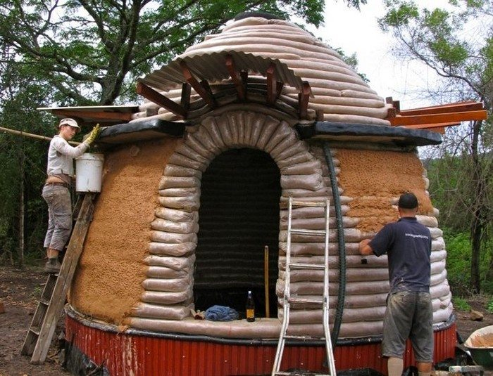 Diy Earthbag Dome Home Diy Projects For Everyone