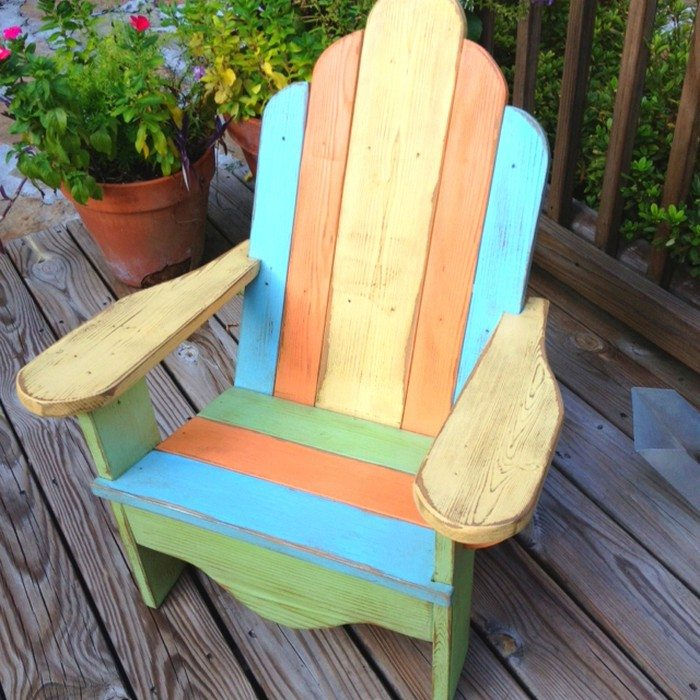 Recycled Pallets Turned Into An Adirondack Chair Diy