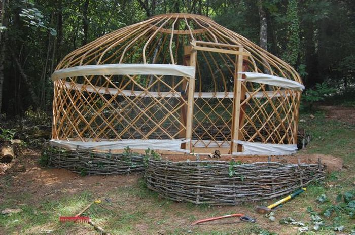 How To Build Your Own Mongolian Yurt Diy Projects For