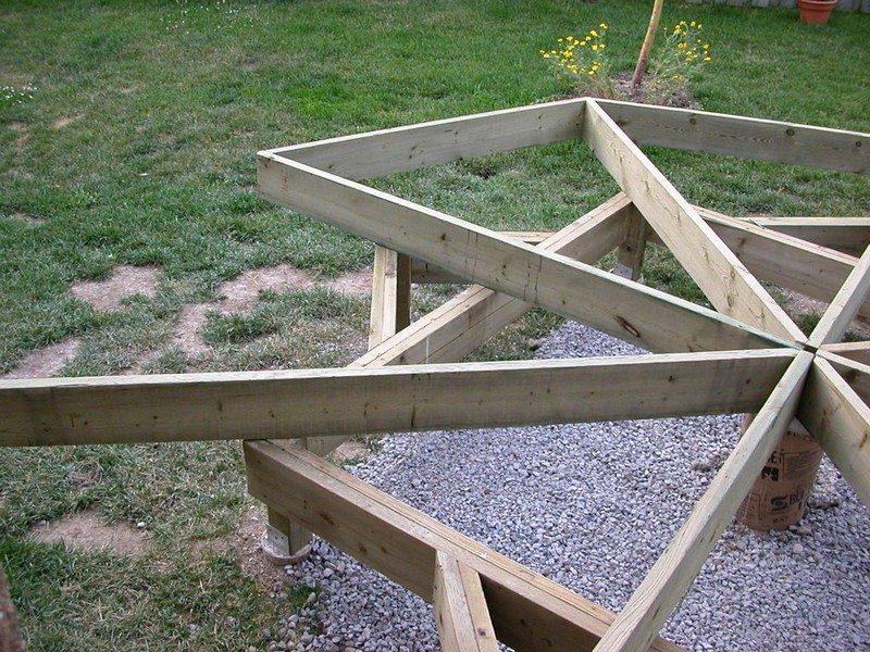 DIY Octagonal Deck 07