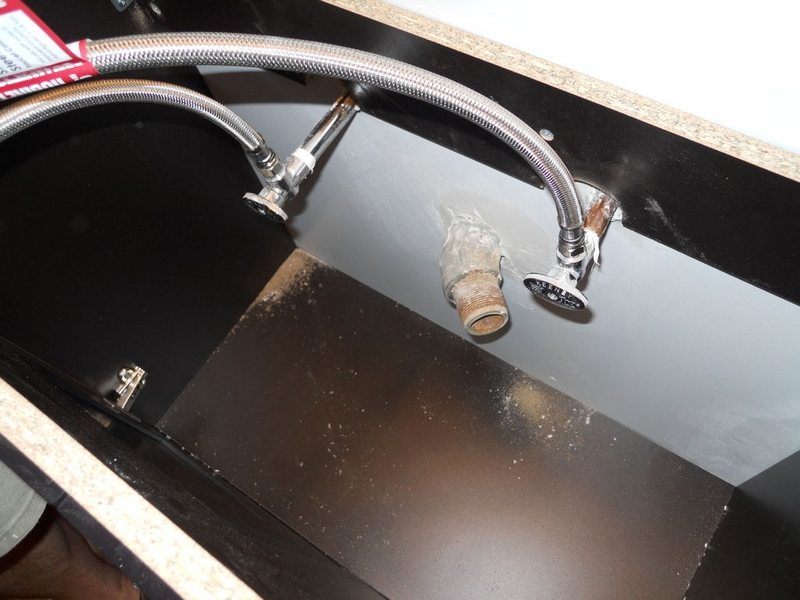 ReplaceOldFaucet08