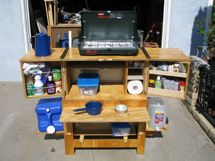 Build A Portable Camp Kitchen For Your Next Picnic Or