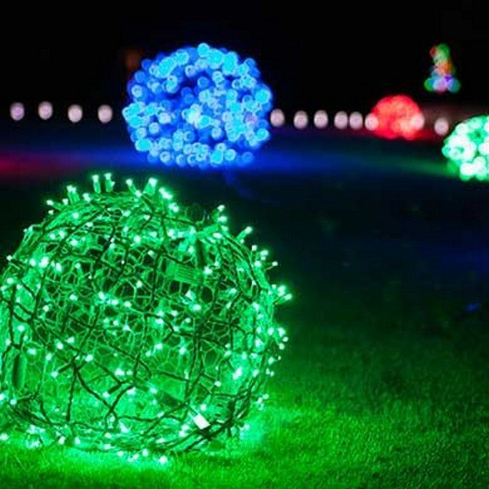 Make your own christmas light balls diy projects for for Outdoor christmas balls that light up