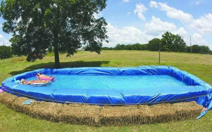 Makeshift Strawbale Pool | DIY projects for everyone!