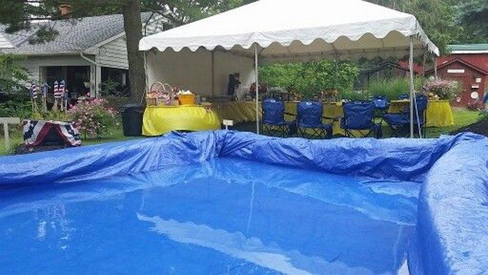 Makeshift Strawbale Pool Diy Projects For Everyone