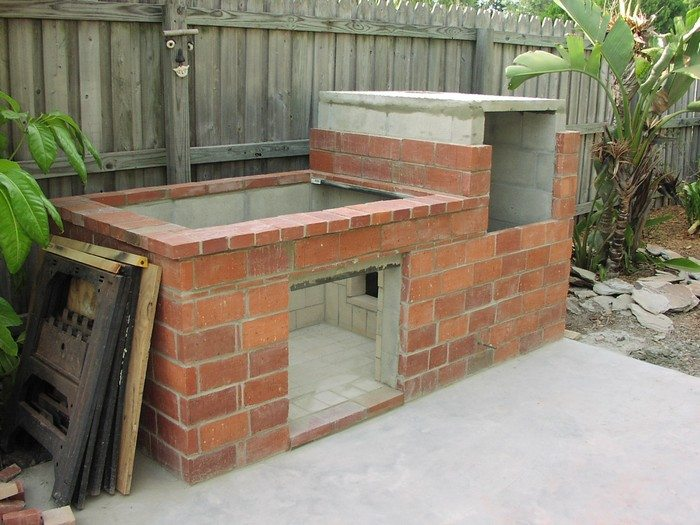 How to build a brick barbecue diy projects for everyone for Deep pit bbq construction
