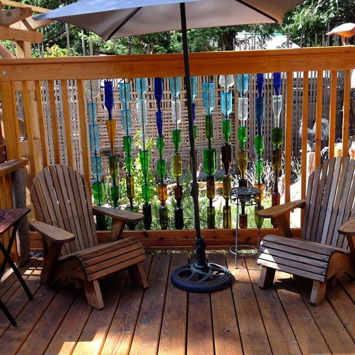 build  bottle privacy screen diy projects