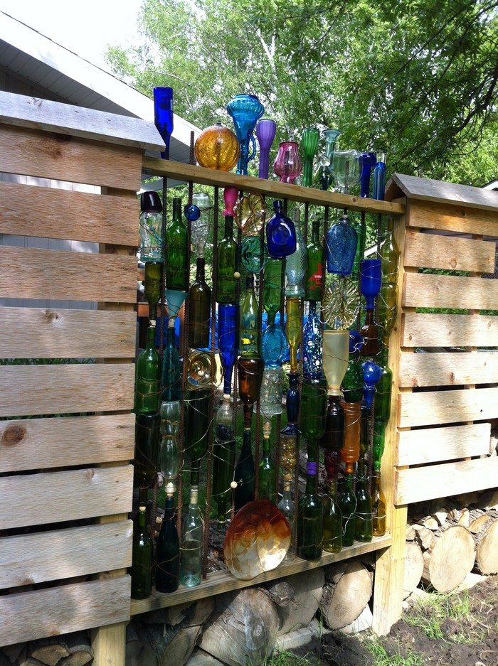 How to build a bottle privacy screen diy projects for for How to build a bottle wall