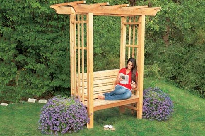 How to build an arbor bench for your garden