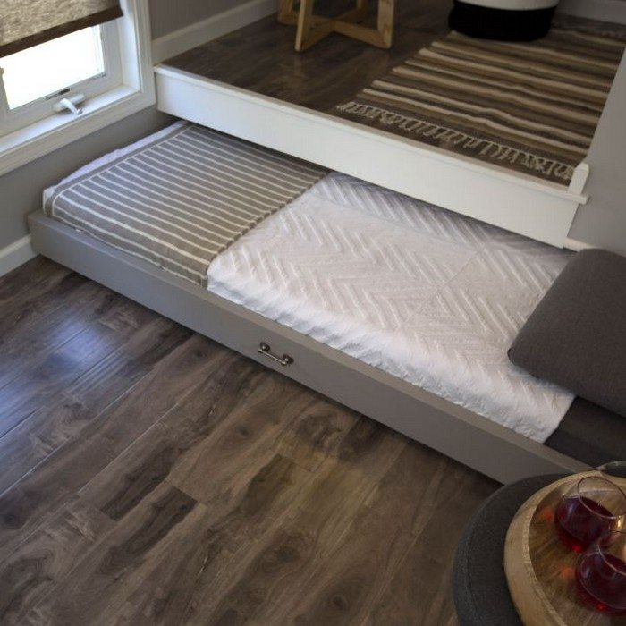 to build a pull out bed under a platform - Platform Lift Storage Bed ...