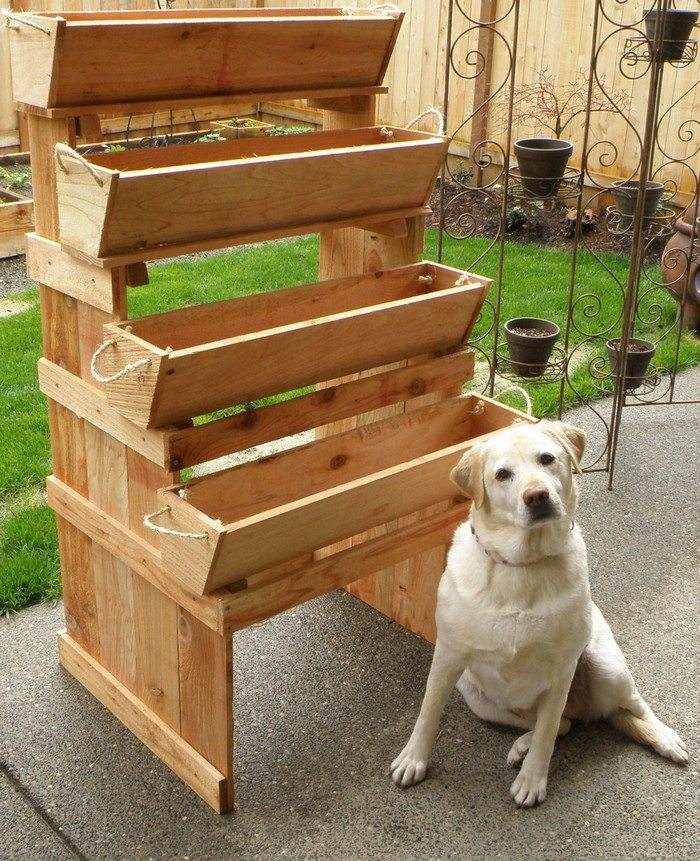 Image Result For Bed Built Over Stair Box: Space-saving Staircase Vertical Planter