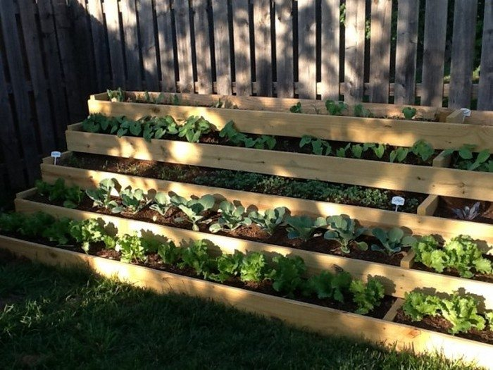 Space Saving Staircase Vertical Planter Diy Projects For