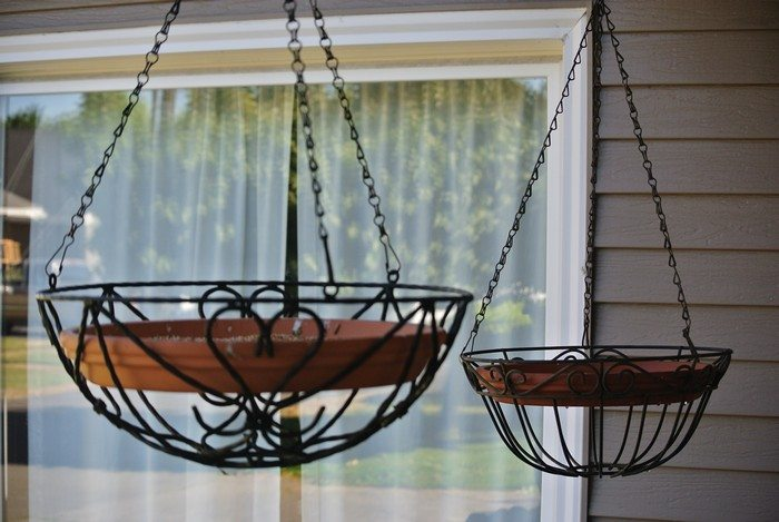 Terra Cotta Pot Bird Feeder