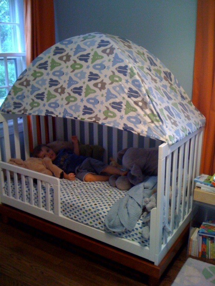 Turn an old crib into a toddler bed | DIY projects for ...