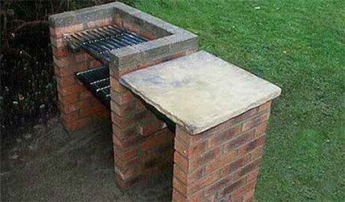 Build a brick barbecue for your backyard diy projects for Diy brick projects