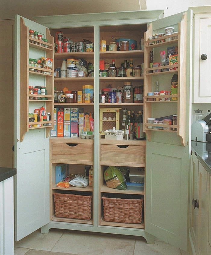 Perfect DIY Free Standing Kitchen Pantry