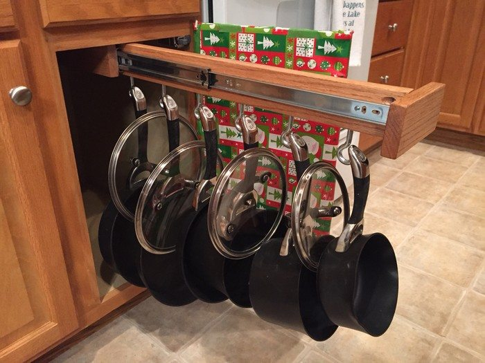 Diy Sliding Pots And Pans Rack Diy Projects For Everyone