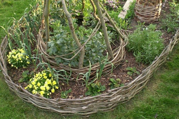 How To Make A Wattle Raised Garden Bed