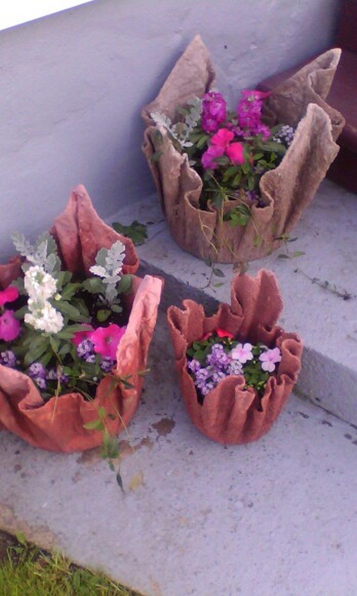 Make a unique garden planter from an old towel diy projects for everyone - Cement cloth garden ornaments ...