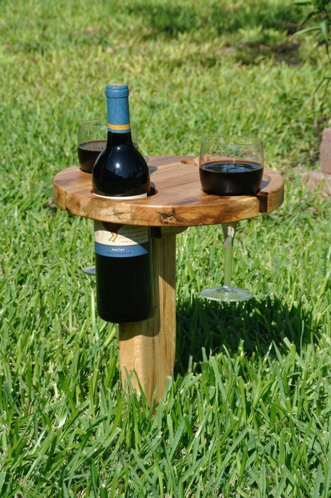DIY Portable Wine Table for Picnics