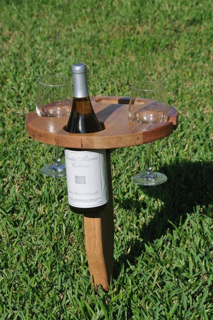 Build A Portable Wine Table For Picnics DIY Projects