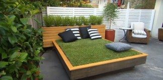 Grass Daybed