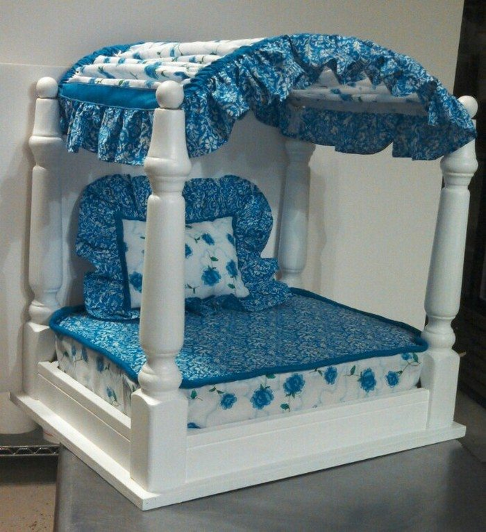 Build a pet bed from an old side table diy projects for for Dog bed table