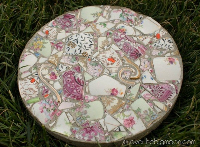 Make gorgeous stepping stones from broken china diy projects for stepping stones from broken china pronofoot35fo Images