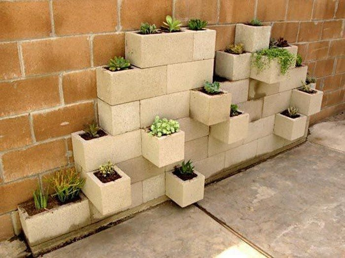 Vertical Garden From Cinder Blocks Diy Projects For