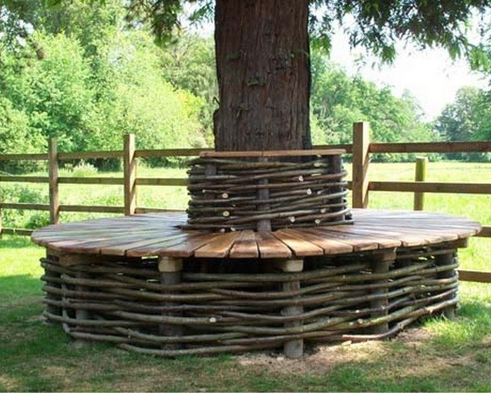 how to build a bench around a tree trunk