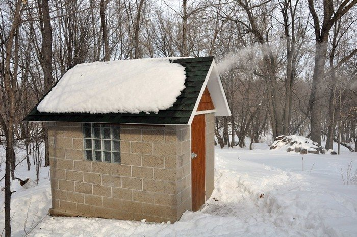 Build A Smokehouse From Cement Blocks Diy Projects For