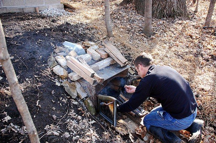 Build A Smokehouse From Cement Blocks Diy Projects For Everyone