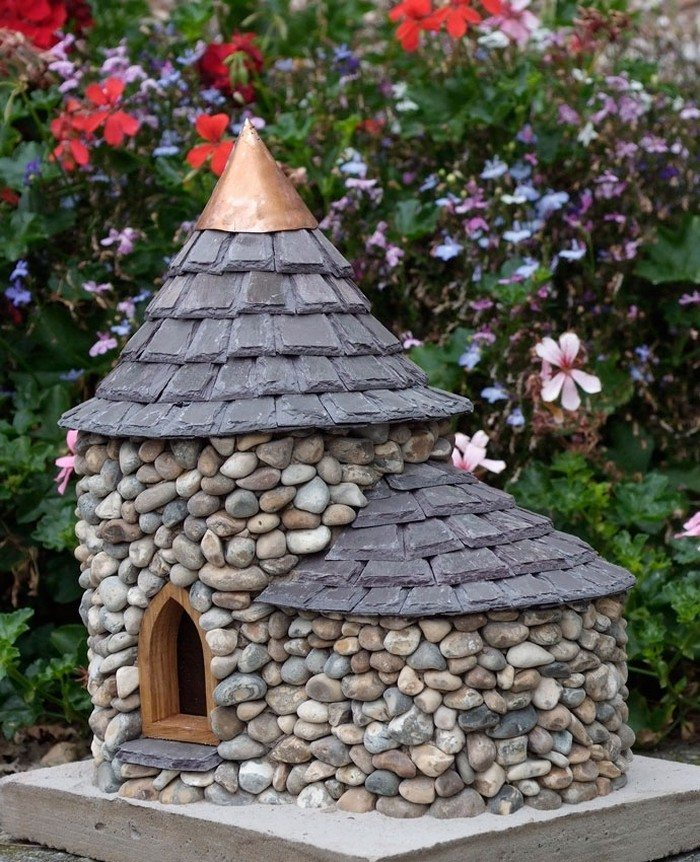 how to build stone cottage