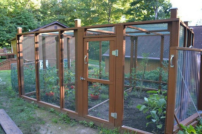Build A Raised Amp Enclosed Garden Bed
