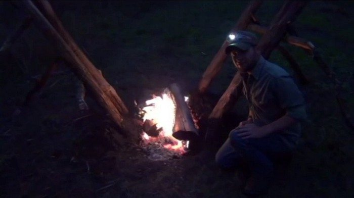 How To Self Feeding Fire For Your Next Camping Trip Diy