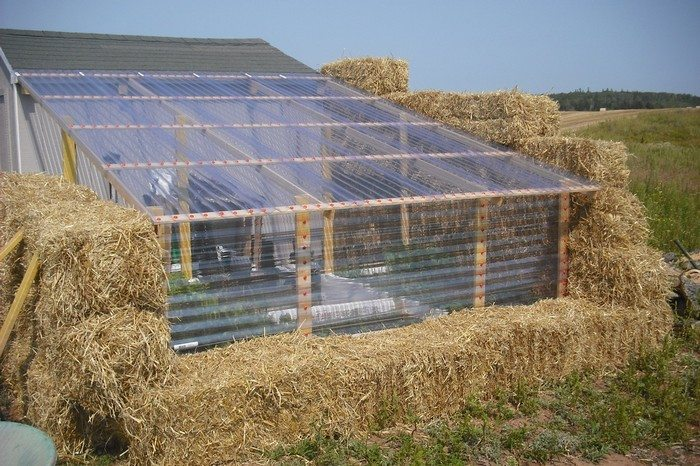 Build a straw bale greenhouse