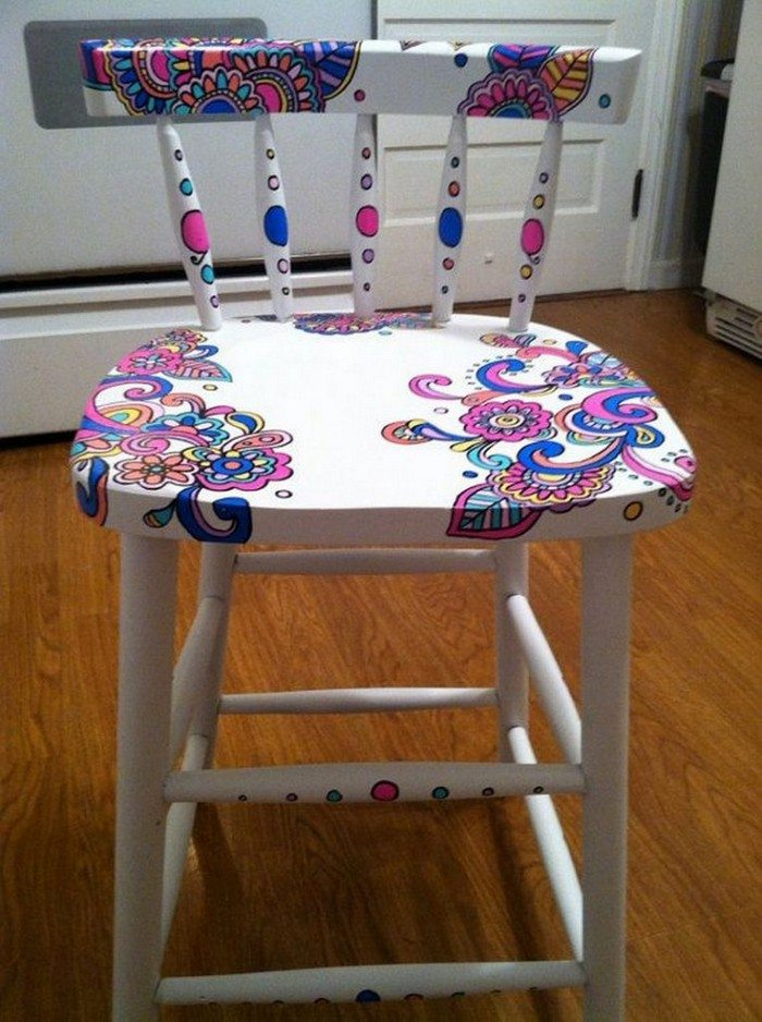 Upgrade your old dining table with gorgeous wood stain art - Hand painted furniture ideas ...