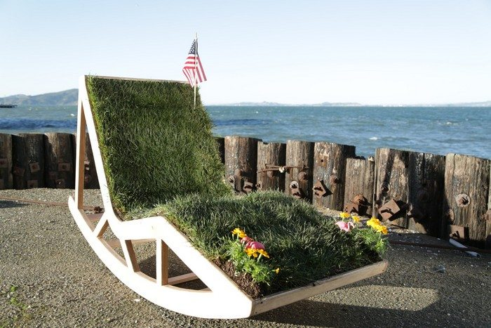How to build the ultimate lawn chair