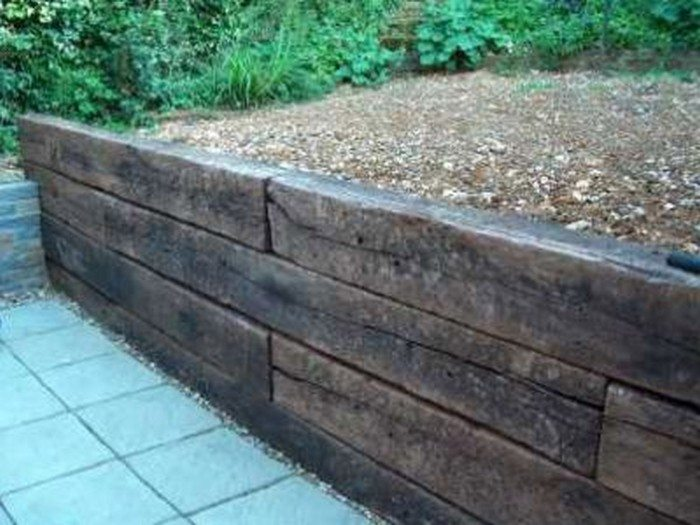 Retaining Wall Ideas   Railway Sleepers