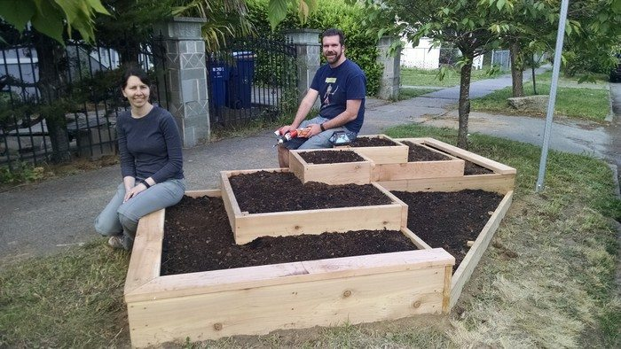 Diy Tiered Backyard : Tiered Garden Bed
