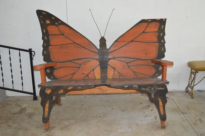 Exceptionnel Butterfly Bench