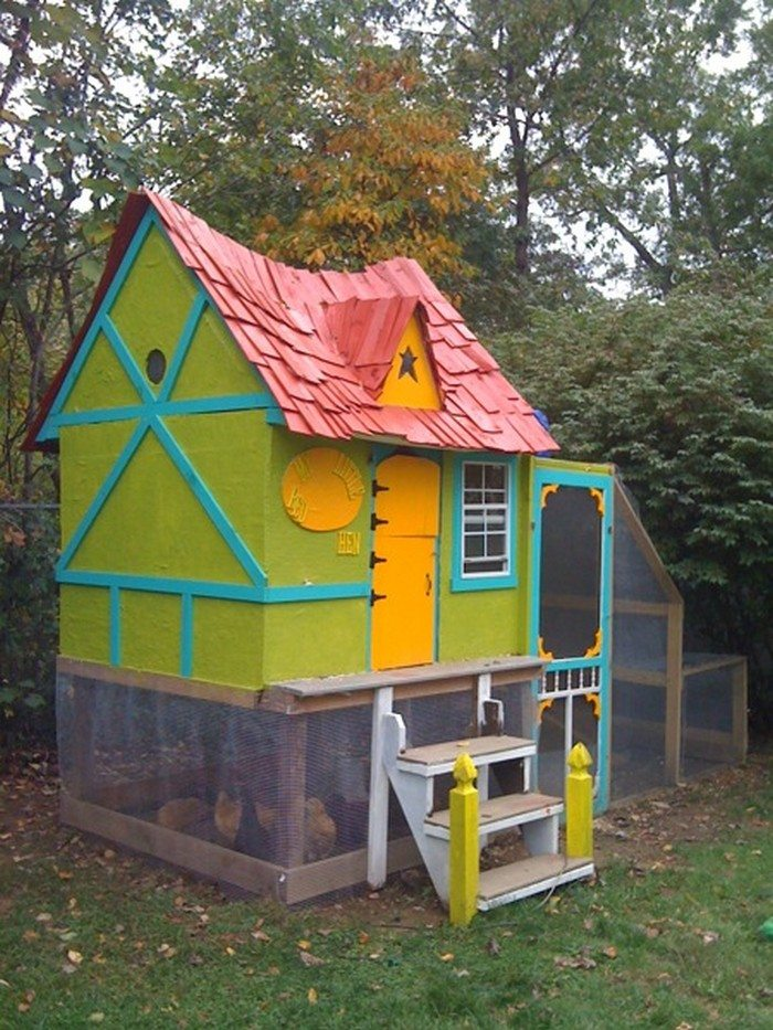 Fairytale Cottage Chicken Coop DIY projects for everyone : Fairytale Chicken Coop 1 from diyprojects.ideas2live4.com size 700 x 933 jpeg 156kB