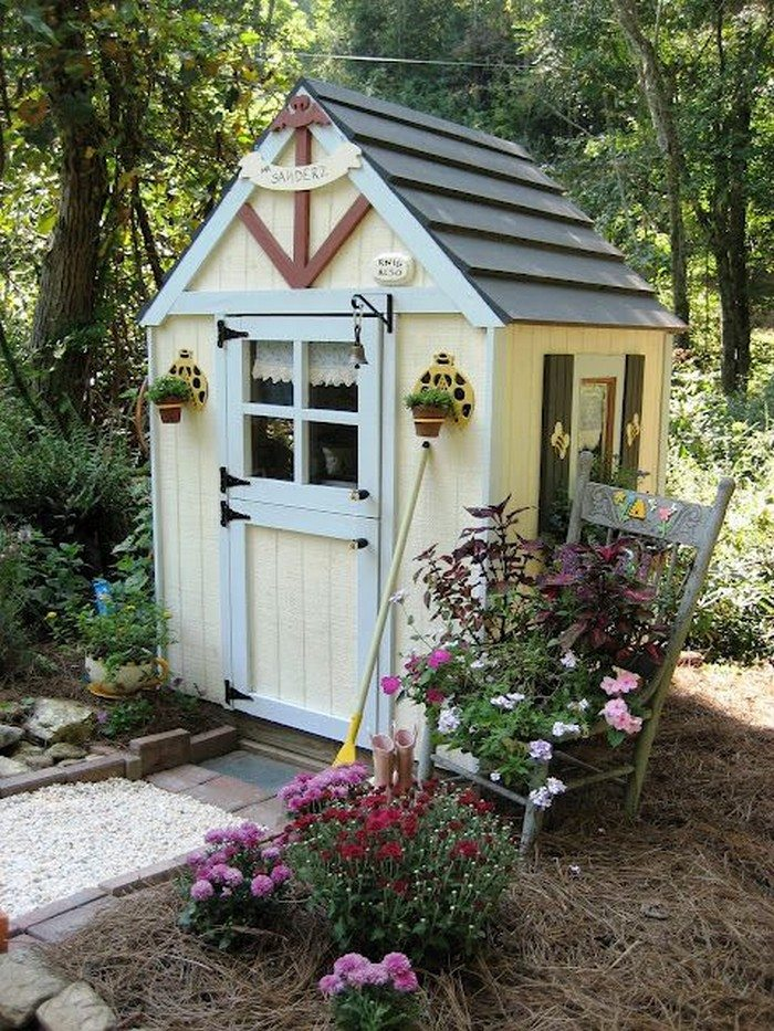 how to build a small garden tool shed