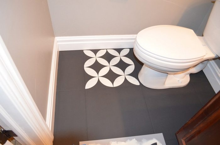 Chalk Painted Bathroom Floors. You Can Get A Step By Step Tutorial From  Mysha Over At Remington Avenue!