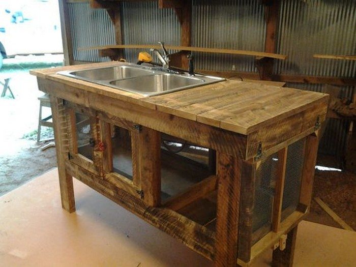 turn a wooden cable spool into an outdoor kitchen or garden sink diy projects for everyone. Black Bedroom Furniture Sets. Home Design Ideas