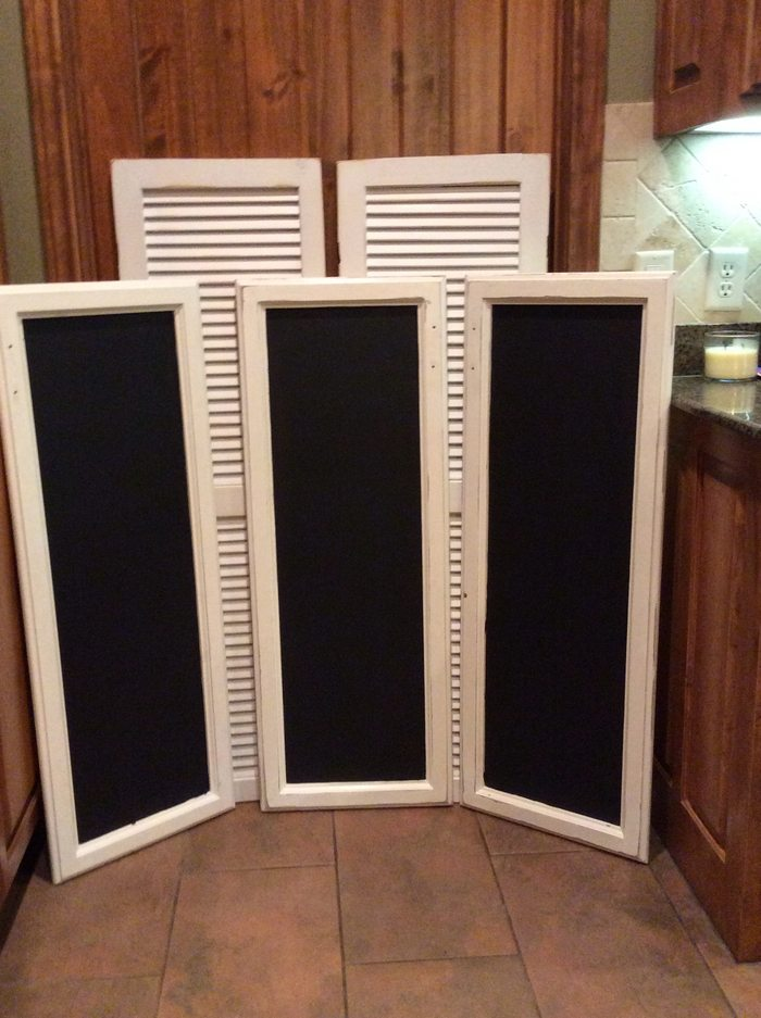 How To Make A Chalkboard Sign Using Old Cabinet Doors