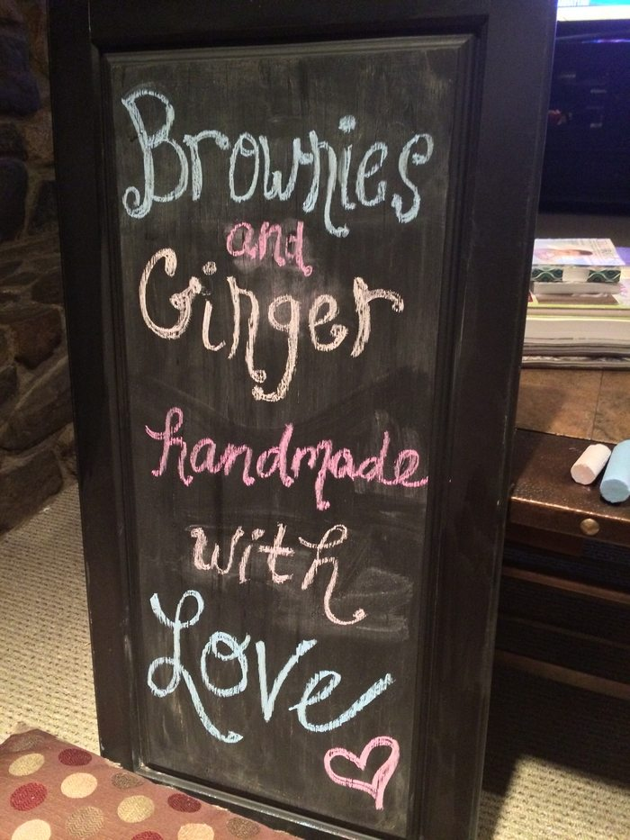 Cabinet Door Chalkboard Sign & How to make a chalkboard sign using old cabinet doors | DIY ... Pezcame.Com
