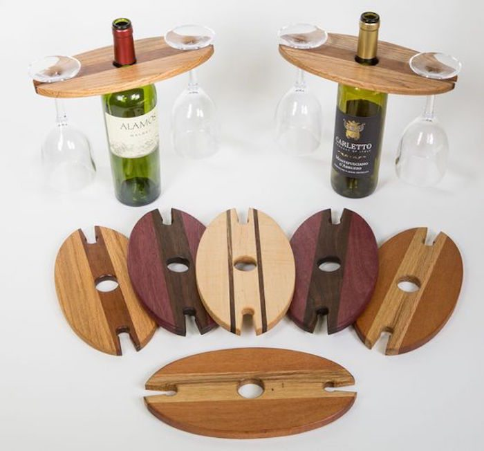 Diy Reclaimed Wood Wine Bottle And Glass Caddy Diy Projects For