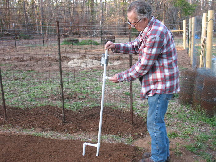 If you're into planting, this DIY hand-held corn and bean planter is for you.
