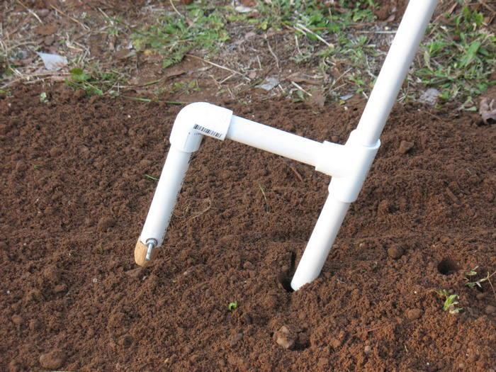 DIY Hand-Held Seed Planter